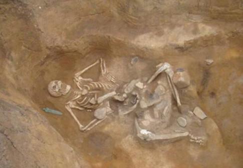 Giant-skeleton-nicknamed-Goliath
