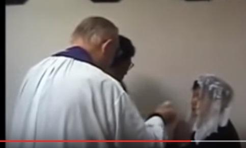 Krwawy CUD podczas mszy. Zobaczcie szokujące nagranie!