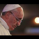 Dziennikarz zapytał papieża Franciszka, czy jest Antychrystem! Jego odpowiedź szokuje (NAGRANIE)