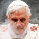 Benedykt XVI, David Rockefeller i Hugh Hefner umrą w 2017 roku? Pojawiła się przerażająca lista! Zobaczcie nagranie…