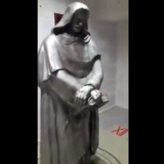 Poznał prawdę o kosmitach i zaginął! W pokoju odnaleziono satanistyczne symbole. Czy został porwany? (Nagranie)