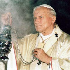 Jan Paweł II odprawiał egzorcyzm! Opętana kobieta przeklinała Papieża i czołgała się po ziemi, a On…