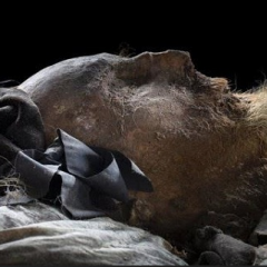 Odnaleziono grób Pierwszego Papieża? Przy szczątkach były szokujące dokumenty, które mogą zmienić swiat (Nagranie)