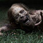 Wielka Brytania szykuje się na Apokalipsę Zombie! Gromadzimy broń i zapasy jedzenia. To nadchodzi!