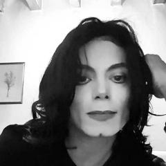 Michael Jackson żyje? To nagranie i zdjęcia szokują!