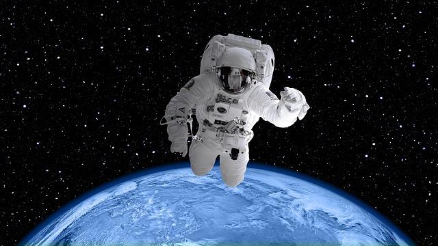 Rosja oferuje spacery kosmiczne za 100 milionów dolarów!