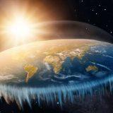 Mężczyzna wyjaśnia, dlaczego nie można spaść z krawędzi Płaskiej Ziemi? (NAGRANIE)