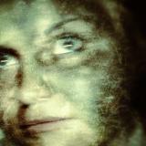 Kobietę prześladuje duch? Wszystko nagrała kamera na komisariacie policji…